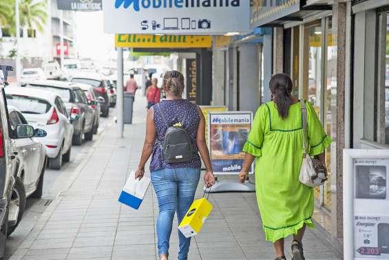 A la veille des soldes, les commerçants inquiets pour leurs approvisionnements