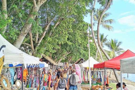 Premier marché de l'année au Pacific Market
