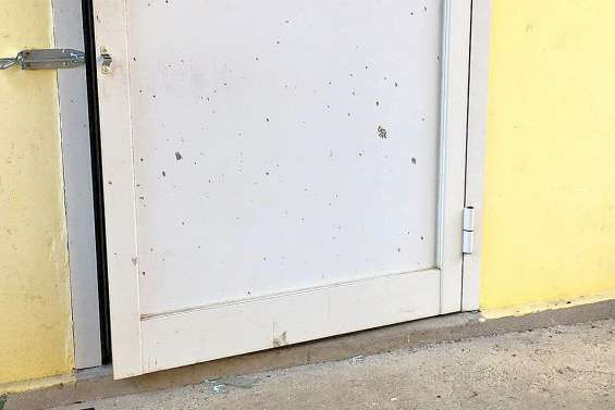 Nouveaux actes de vandalisme à la mairie :  « On subit, impuissants »