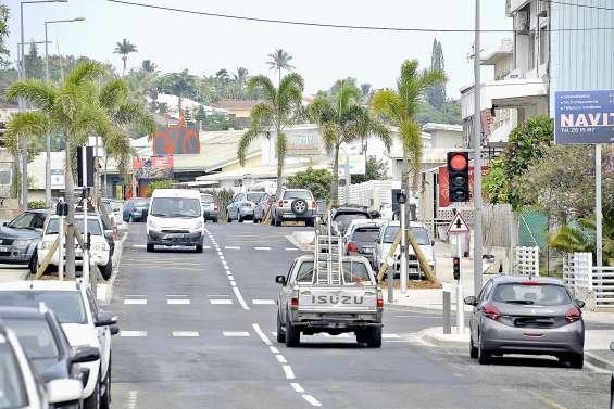 La circulation se fait à nouveau dans  les deux sens route du Port-Despointes