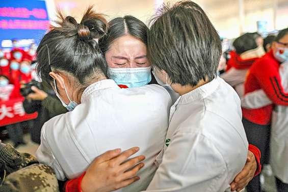 Alors que l'hécatombe se poursuit  dans le monde, Wuhan lève son bouclier