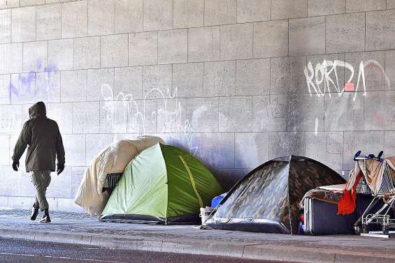 Derrière la pandémie, une explosion  de pauvreté dans le monde
