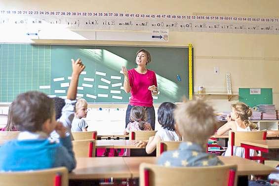 France : les enseignants « dans le flou » face à une reprise des cours en mai