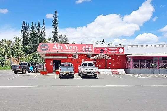 L'attaque d'une épicerie à la voiture-bélier avortée à Boulari
