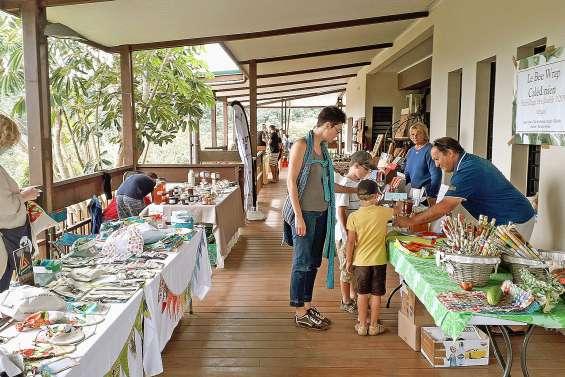 Le marché du village sort de sa léthargie
