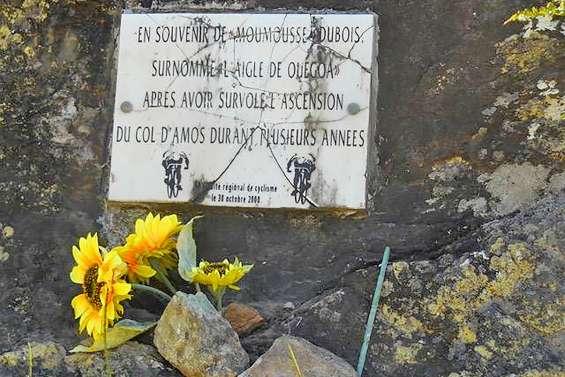 La stèle du célèbre cycliste Moumousse Dubois a été détruite