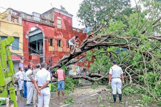 Amphan fait 95 morts en Inde et au Bangladesh