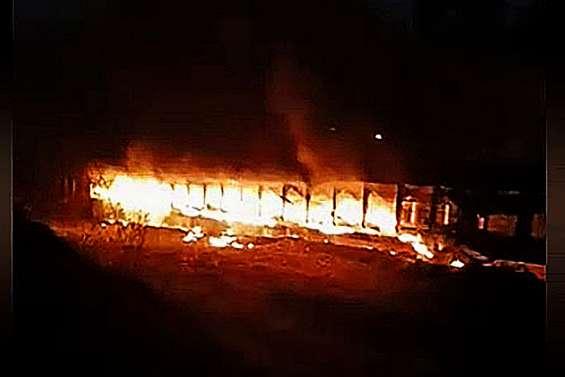 La serpentine de Kouaoua encore incendiée