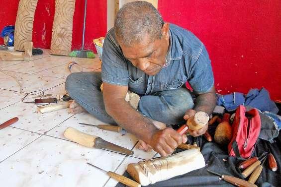 Kapoa Tiaou : un grand sculpteur s'en est allé