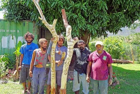De jeunes sculpteurs expriment leur talent