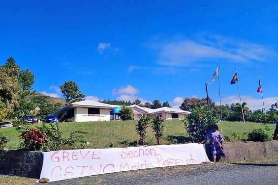 Mouvement de grève à la mairie de Pouébo