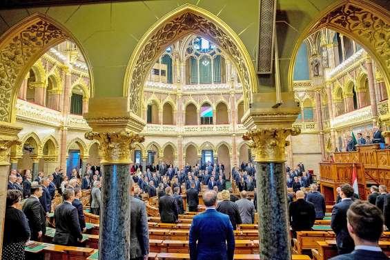 La Hongrie se fige en souvenir de territoires perdus