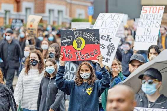 Enquête sur l'arrestation violente d'un Aborigène