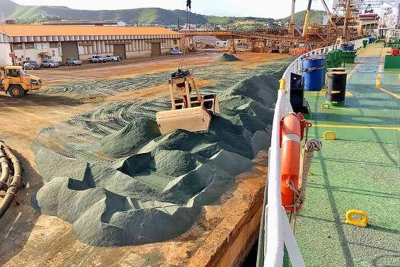 Des tonnes de scories de la SLN filent vers les Etats-Unis