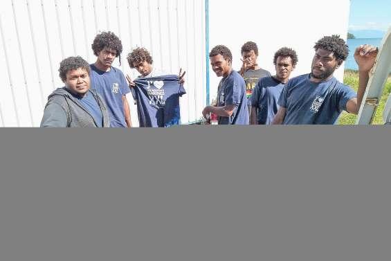Les lycéens ont collecté les déchets du bord de mer