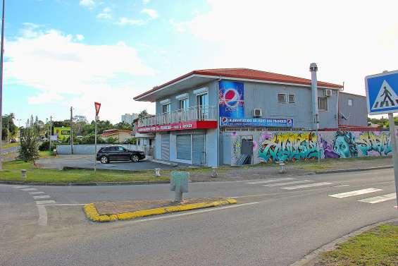 Les gendarmes démantèlent une salle de jeux clandestine de poker au Mont-Dore
