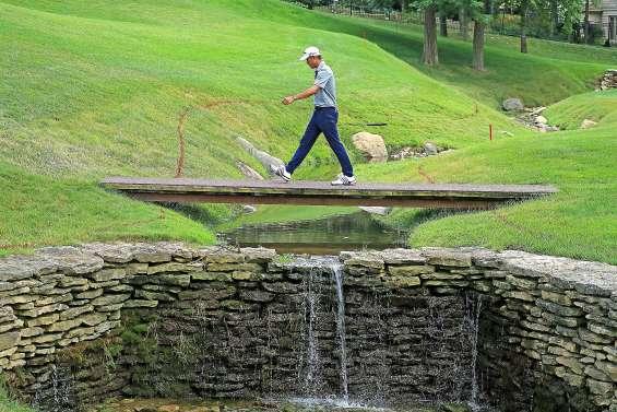 Collin Morikawa commence fort au Muirfield Village Golf Club
