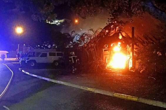 [VIDÉO] Le CNC de Nouméa en partie détruit par les flammes