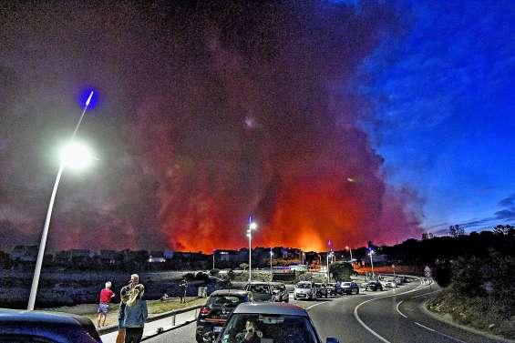 Incendie près de Marseille : 2 700 personnes évacuées