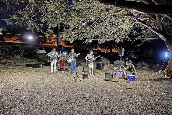 Le Kiwanis a organisé une Full Moon Party plage des Flamboyants