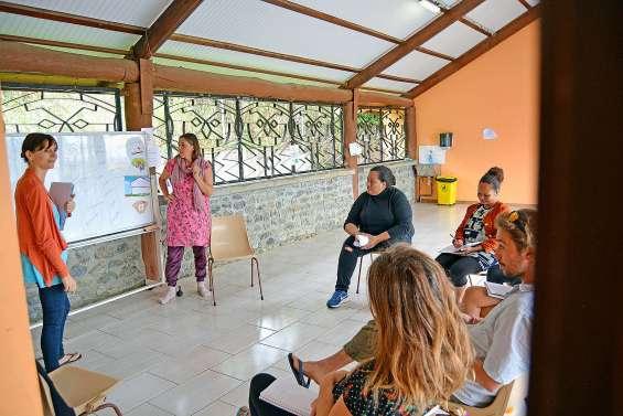 Un atelier sur l'éducation bienveillante proposé aux parents