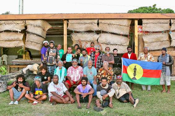 Des jeunes de Thio en quête d'histoire à Gossanah