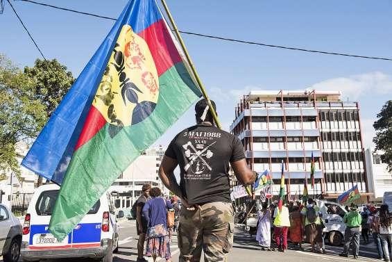 Nouvelle manifestation du collectif des îliens de Calédonie