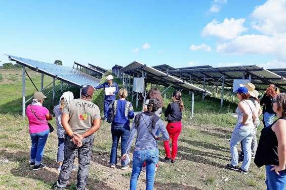 La centrale photovoltaïque de Ouatom s'ouvre au public