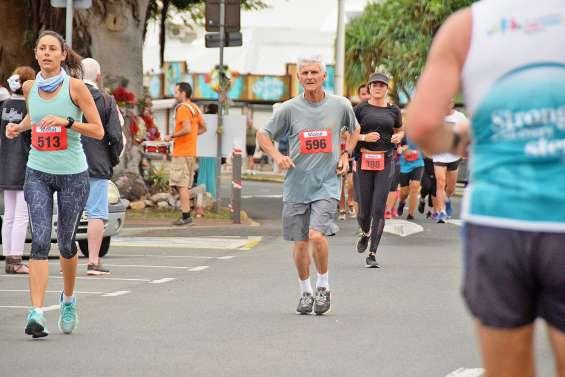 Le semi-marathon de Nouméa garde fière allure