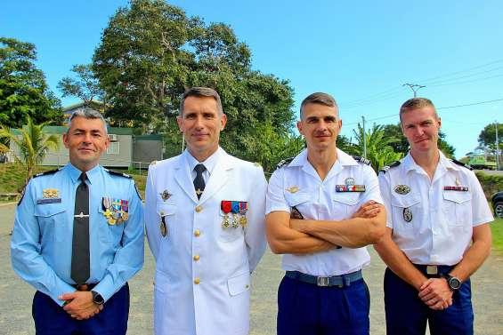 Le lieutenant-colonel Chancerelle à la tête de la compagnie de Nouméa et des Loyauté