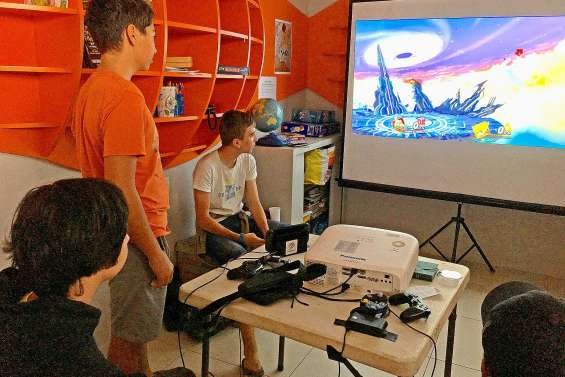 Super Smash Bros fédère à la médiathèque de Boulari