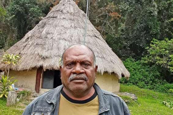 Le grand chef Bouarat, nouveau président du CNDPA-KNC