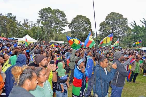 Le « concert pour le Oui » a rassemblé des milliers de personnes au parc Fayard