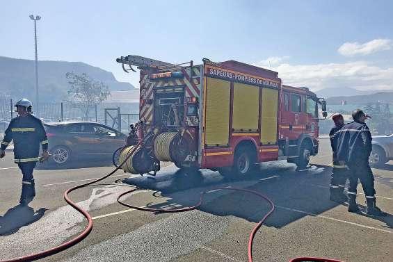 Feu de brousse : le lycée Jules-Garnier évacué