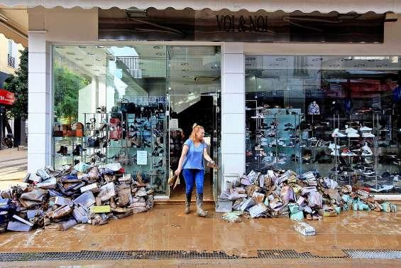 L'ouragan Ianos fait deux morts et d'importants dégâts
