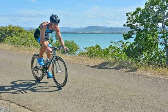 Triathlon, trail, tennis, golf, rugby : les principaux résultats du week-end