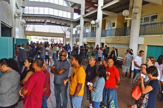 Du monde aux urnes et dans la rue à Païta