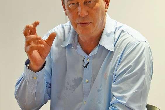 Thierry Santa, président du gouvernement