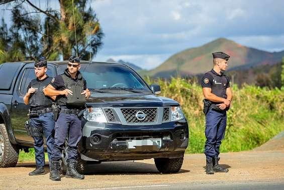 De deux à six ans de prison ferme pour avoir défiguré un gendarme mobile à Thio