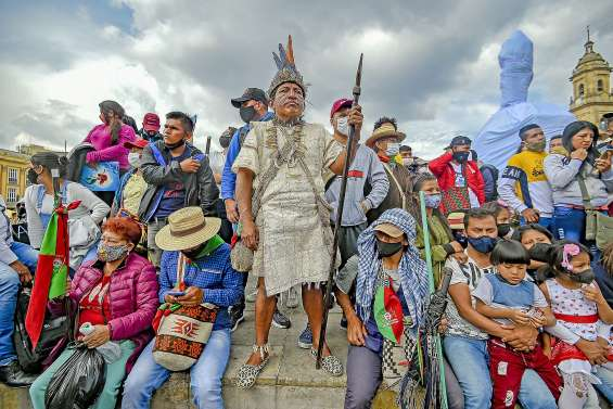 Des milliers d'indigènes unis contre la violence