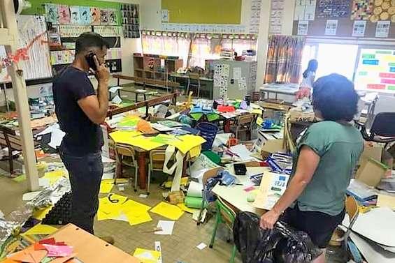 Une classe de l'école  de La Tontouta vandalisée