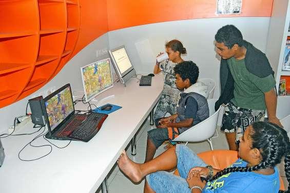 Aux portes ouvertes, la médiathèque fédère autour du numérique