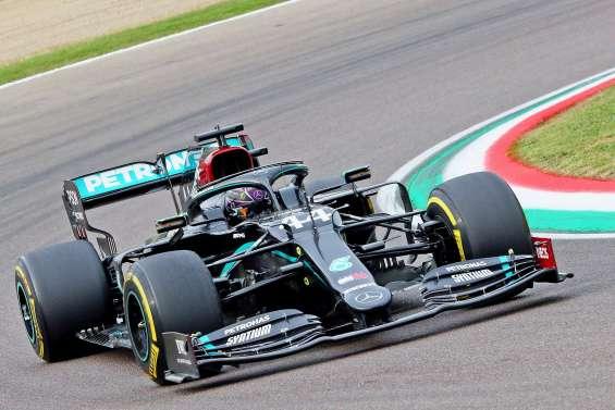 Hamilton gagne la course, Mercedes empoche le titre