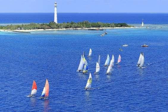 Moins de windsurfeurs mais de nombreux rameurs sur la Bluescope Race