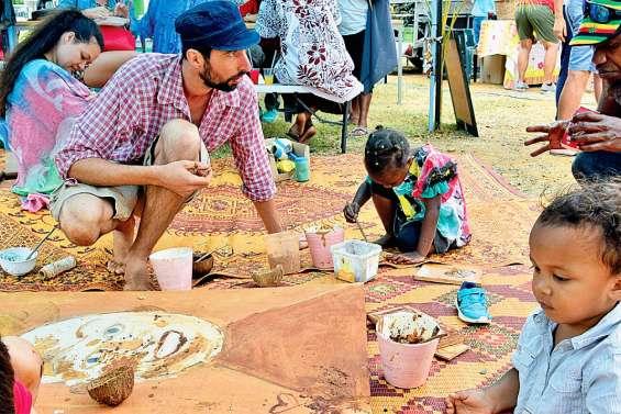 Une fête communale verte, aujourd'hui, au marché du village