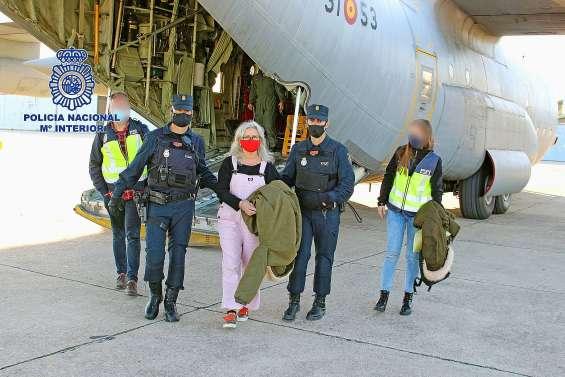Une ancienne membre d'ETA extradée vers l'Espagne