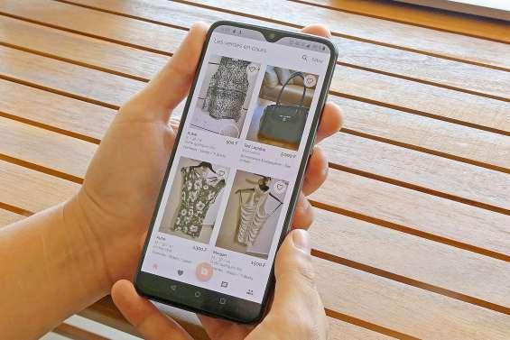 Dénicher des vêtements sur son portable en quelques clics