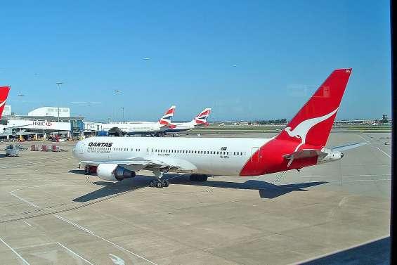 Qantas va rendre obligatoire la vaccination contre la Covid-19