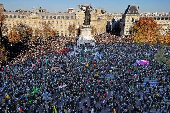 Forte mobilisation pour les marches des libertés, des heurts à Paris