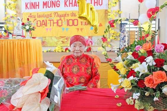 Un pilier de l'association bouddhique fête ses 100 ans